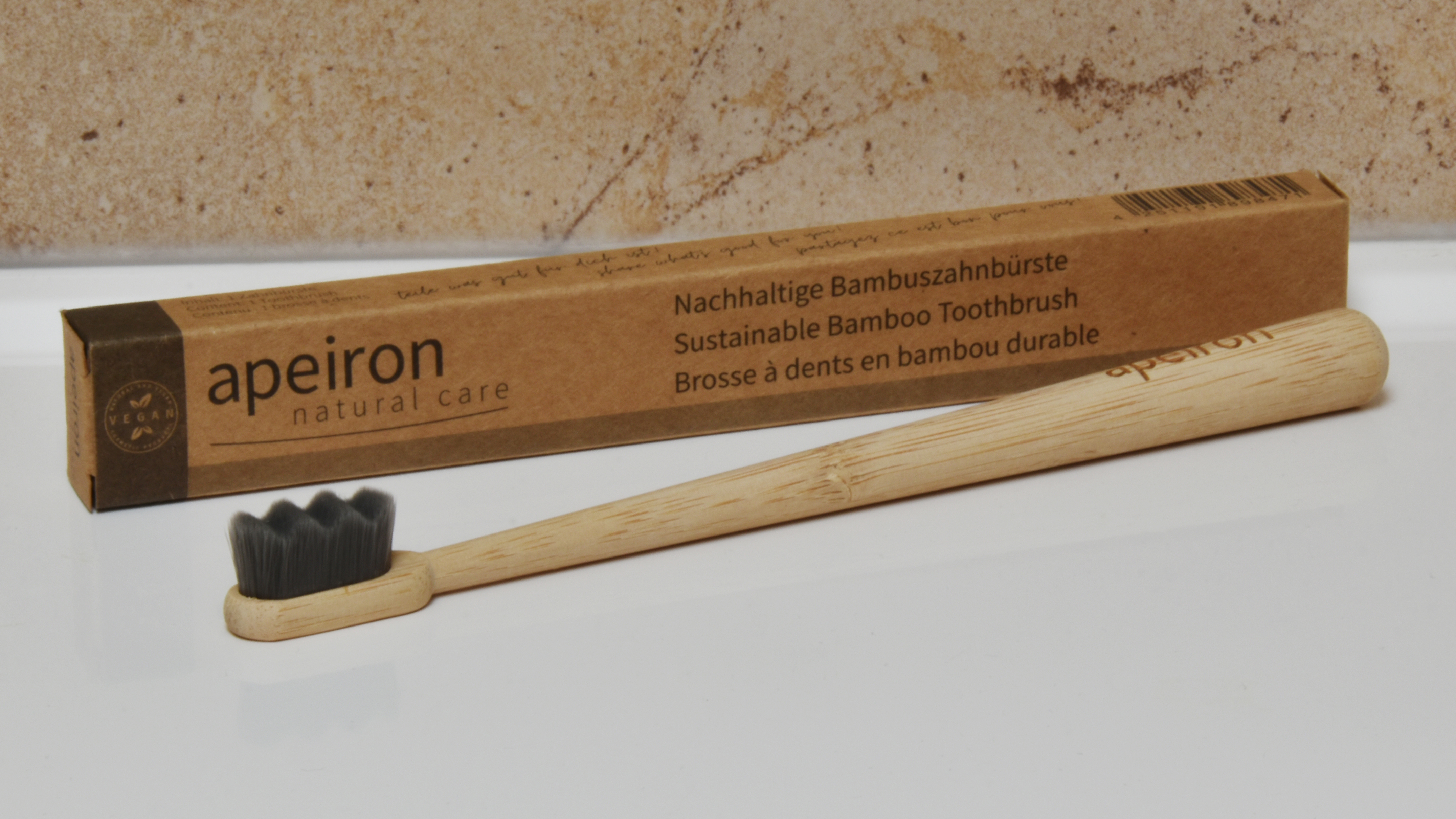Apeiron FINIDENT Bambus-Zahnbürste, schwarz
